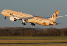 Etihad Boeing 787-10 Dreamliner