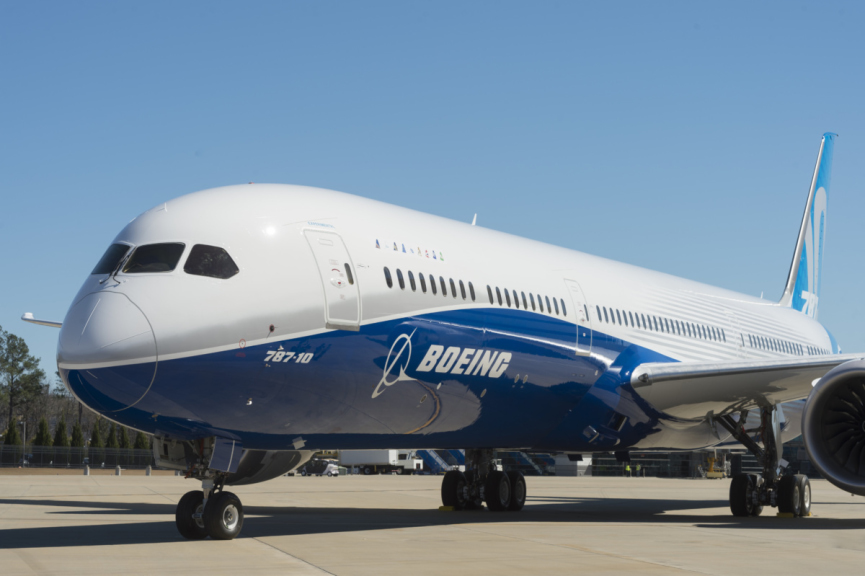 Boeing 787-10 aircraft