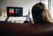 Mobile content consumption image