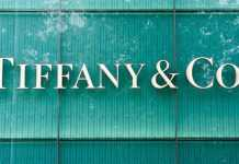 Acquisition deal in deadlock; Tiffany sues Louis Vuitton