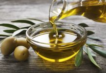 Olive oil - the magic potion with tons of benefits!