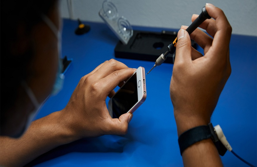 Apple Repairing