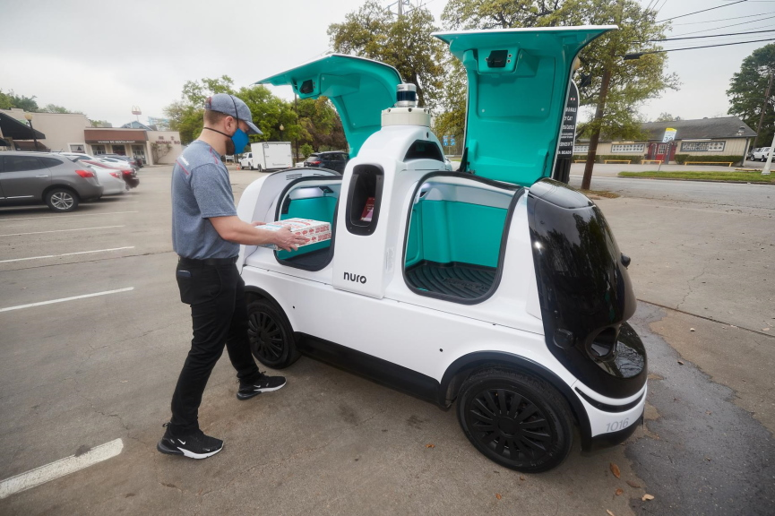 Dominos Pizza Delivery Robot Image